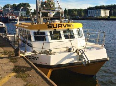 oyw-onderhoud_reparatie_werkboot_repair_vessel_vlissingen_flushing_zeeland_klein_commerceel_schip_commercial_vessel.jpg - Provoost Maritiem - Waypoint voor service en onderhoud